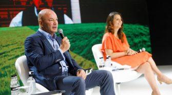 Visão geral dos participantes do painel O Agro Brasileiro e a Crise Global do Congresso Brasileiro do Agronegócio Crédito: Cauê Diniz